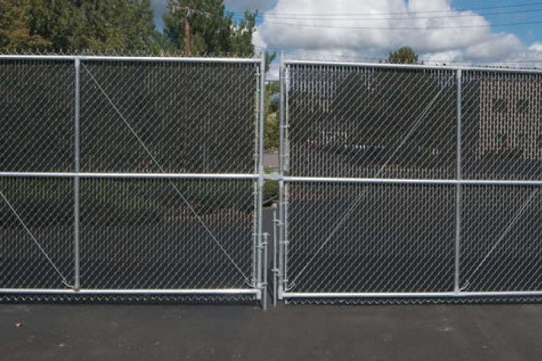commercial chain link fence parts. Double-Drive Chain Link Gate With Privacy Slats Commercial Fence Parts